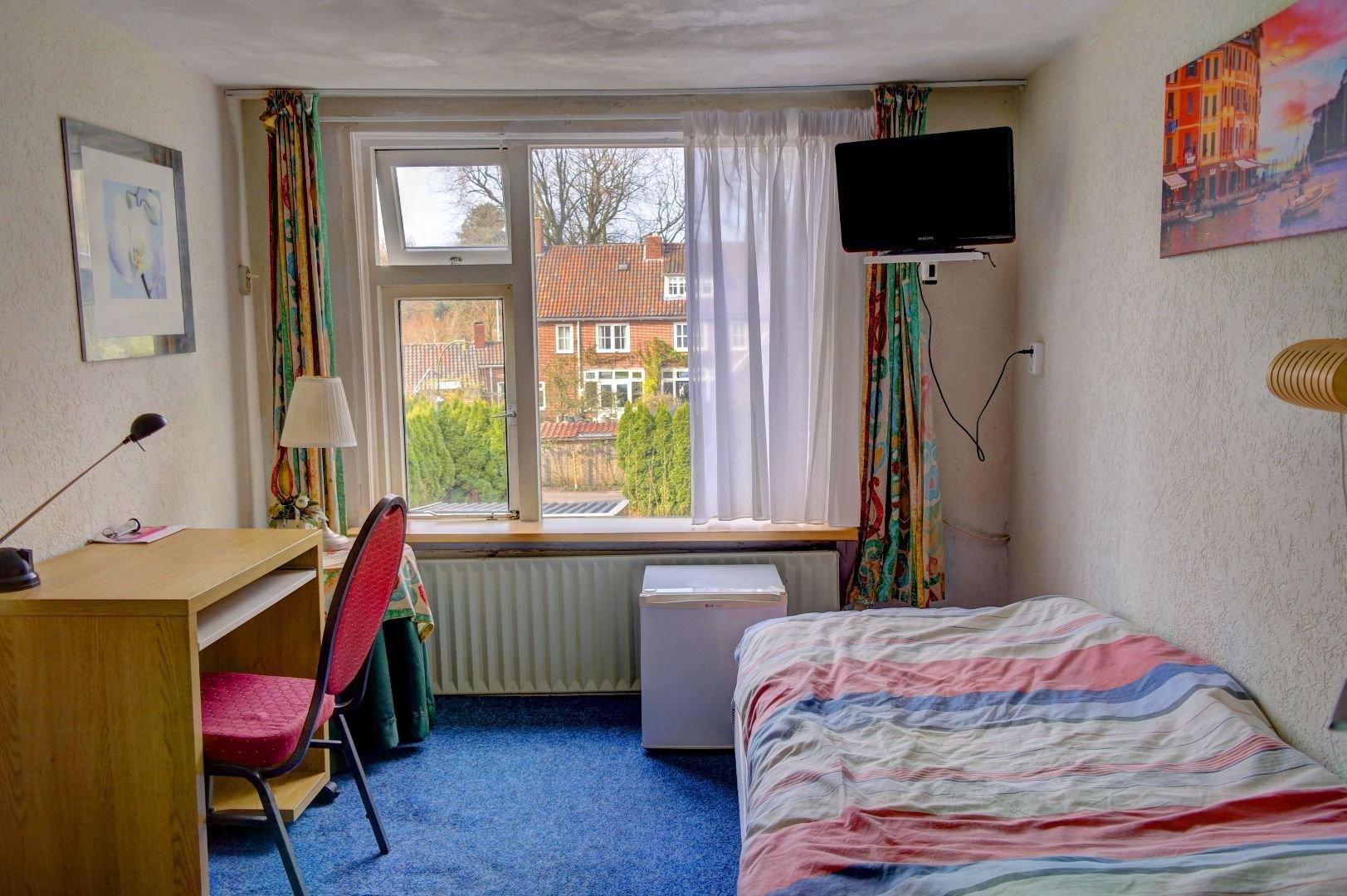 Pension van dijk kamers - Badkamer in een kamer ...